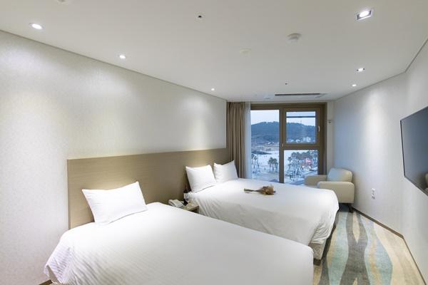 에벤에셀 제주 함덕호텔 호텔 이미지 제공 슬라이드(4)